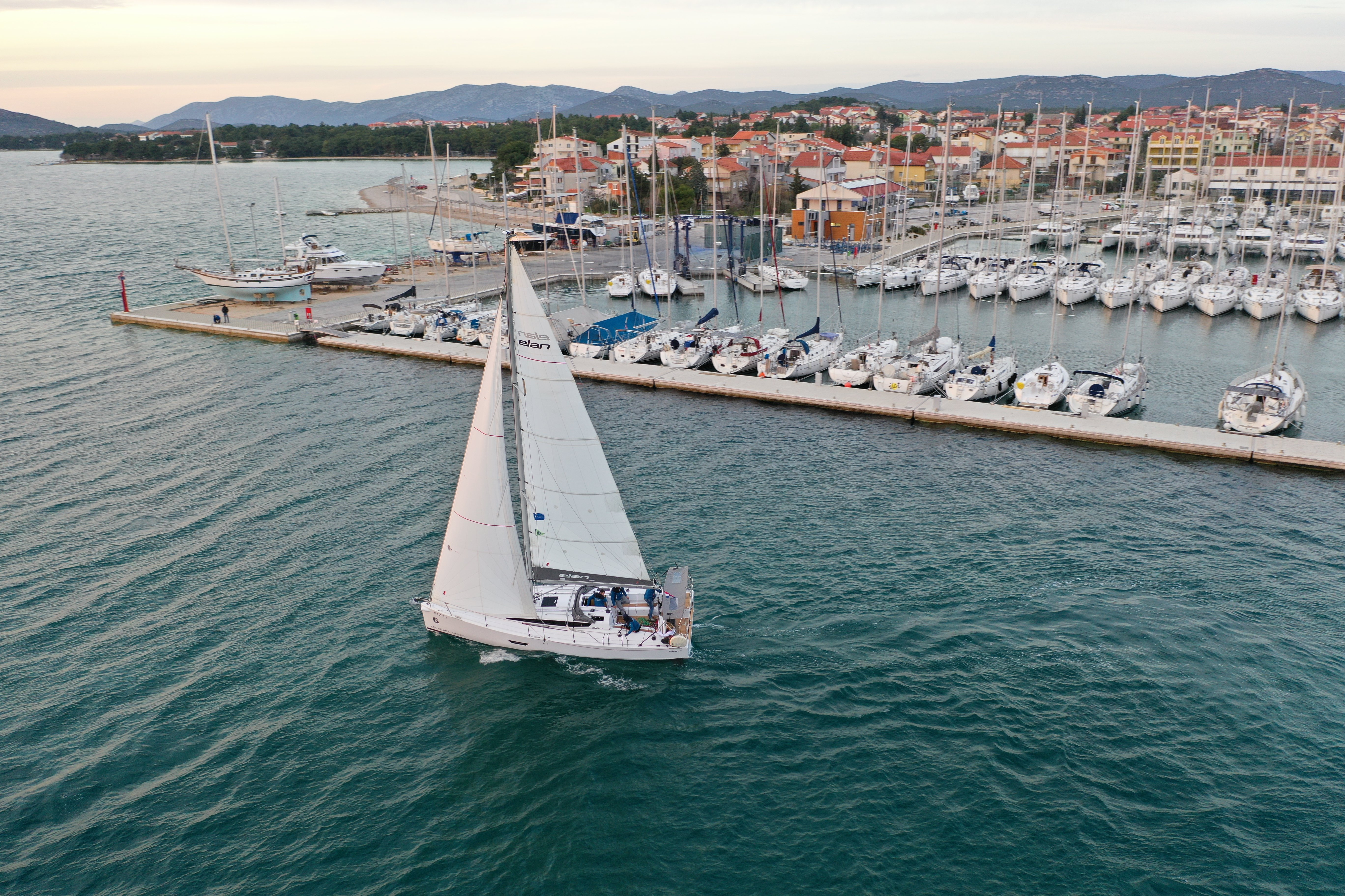 PREPARING RULES AND USE CHARTER YACHT FOR REGATTA & FLOTILLA